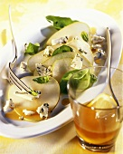Pear carpaccio with Roquefort and basil