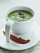 Creamed pea soup