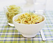 Spaghetti with fennel cream