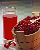 Cranberry juice and fruit