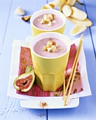 Buttermilk with figs and bananas
