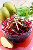 Red cabbage salad with pear