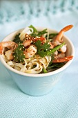 Rice noodle salad with shrimps and coriander