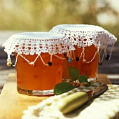 Apple and pepper jelly
