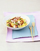 Tagliatelle with salmon and dried tomatoes