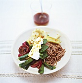 Wholemeal spaghetti with grilled vegetables & sheep's cheese