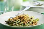 Grilled asparagus with toasted walnuts