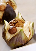 Stuffed figs with nuts