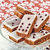 Domino slices