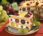 Grape cream cake