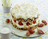 Meringue gateau with strawberries