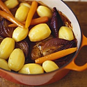 Poule au pot (Braised chicken with vegetables, France)