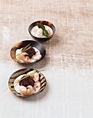 Schwarzer Reis mit Garnelen und Kokossauce