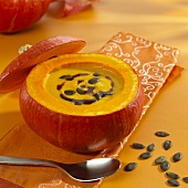 Styrian pumpkin soup in a pumpkin