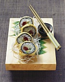 Deep-fried tuna maki sushi