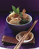 Spicy shrimps with lemon grass and red curry