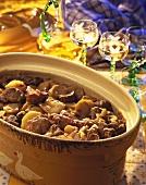 Bäkeroeffe (Eintopf mit Kartoffeln & Fleisch, Elsass)