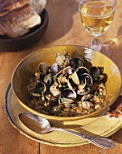 Shellfish stew with lentils