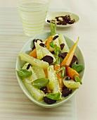 Glazed vegetables with pumpernickel