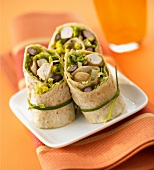 Chicken wrap with red kidney beans