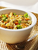 Barley and carrot ragout with chicken