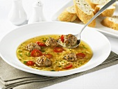 Minestra con le polpettine (Soup with meatballs)