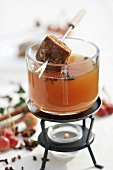 Apple punch with gingerbread