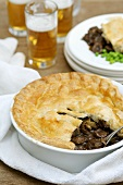 Steak and kidney pie with beer