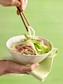Udon noodles with fried tuna
