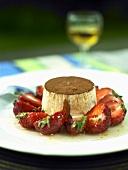 Turned-out vanilla tiramisu with fresh strawberries