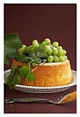 Chiffon cake with grapes