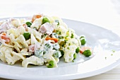 Pasta salad with peas