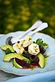 Beetrot salad with avocado and a lemon vinaigrette