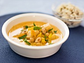 Chickpea curry with almonds and apricots