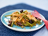 Tuna salad with green beans and wheat
