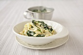 Tagliatelle with ramsons (wild garlic) cream sauce