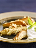 Spicy pears with yoghurt