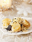 Fried scallops with vermicelli and truffle