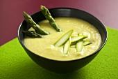 Cream of asparagus soup with green asparagus