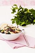 Zutaten für eine Champignon-Ravioli-Füllung