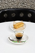 Espresso e biscotto (Espresso with biscotto, Italy)