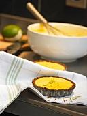 Quick lemon tartlets
