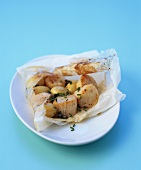 Scallops and potatoes en papillote
