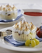 Wine cream with meringue topping