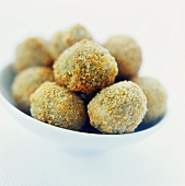 Olive all'ascolana (Deep-fried stuffed olives, Italy)