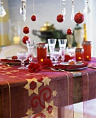 Christmas table in red