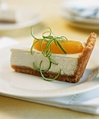 Lime cheesecake with mango