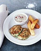 Fish cakes with chips and remoulade sauce