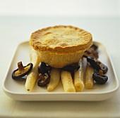 Black salsify and mushroom pie