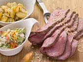 Roast beef with fried potatoes and vegetable remoulade